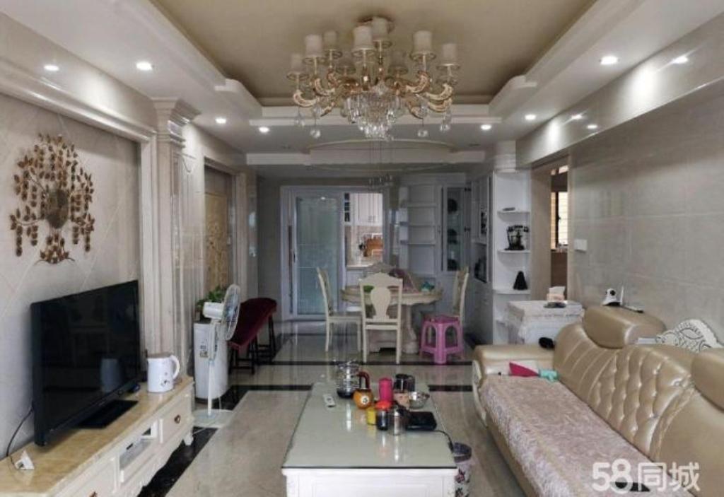 学府名门3室2厅2卫127万元