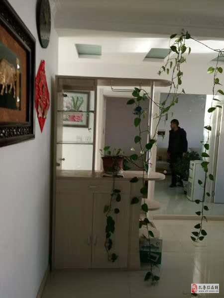 福東小區2室1廳1衛32萬元
