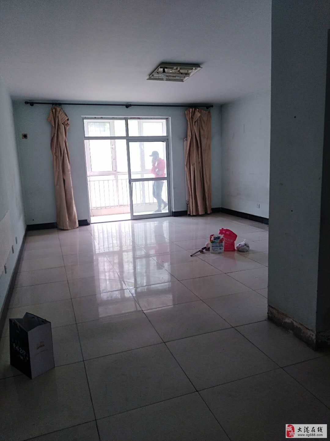 急售福泽园一楼一梯一户安静价格好谈有钥匙随时看房