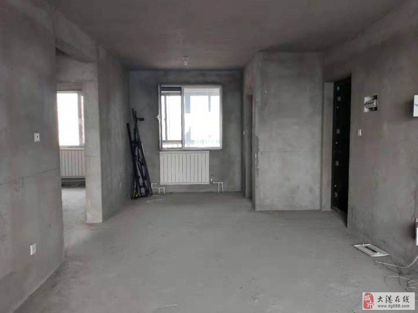 福源花园通厅两室毛坯,119万,自由装修,看房方便