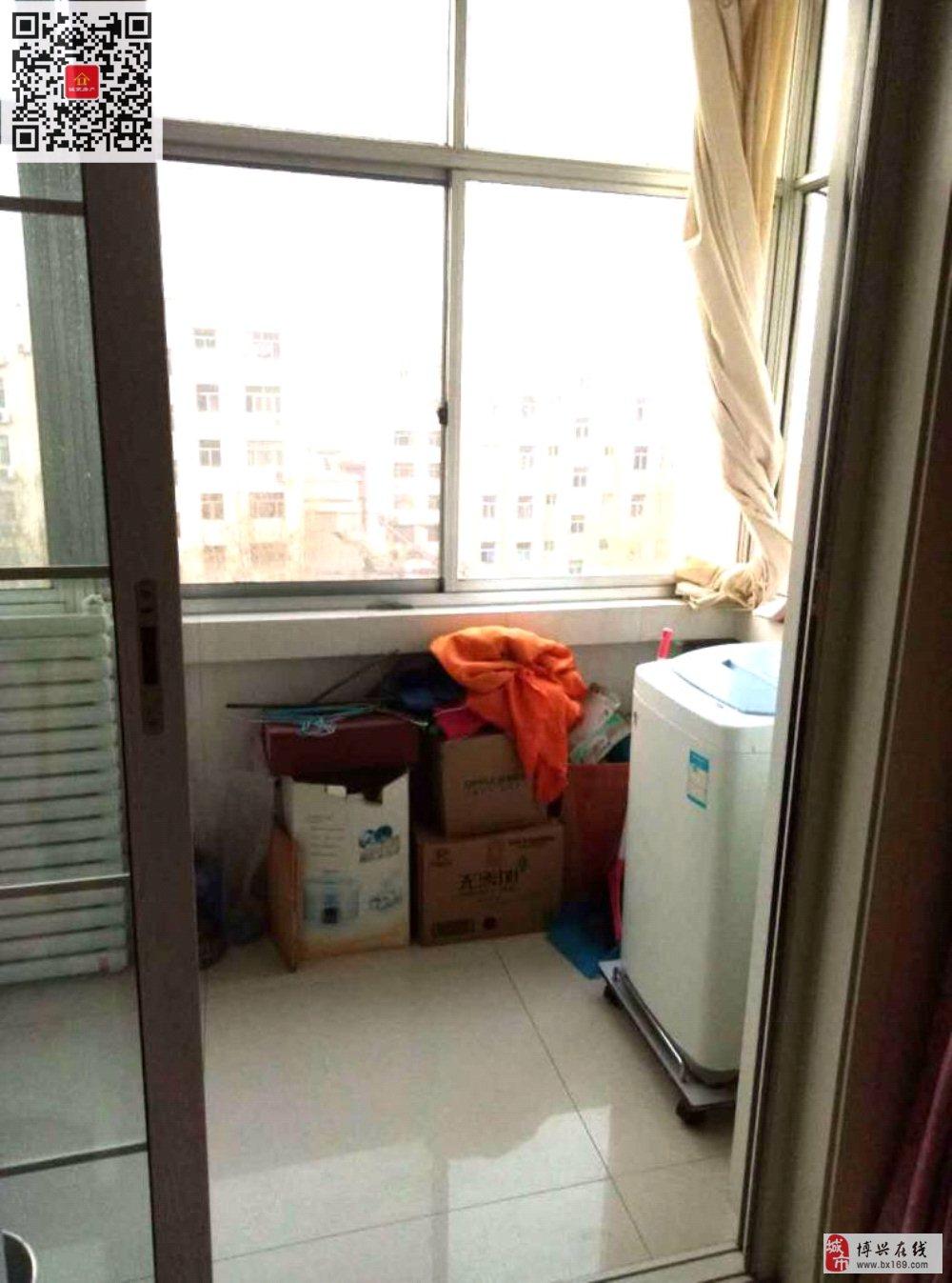 49687京博花园2室1厅1卫63万元