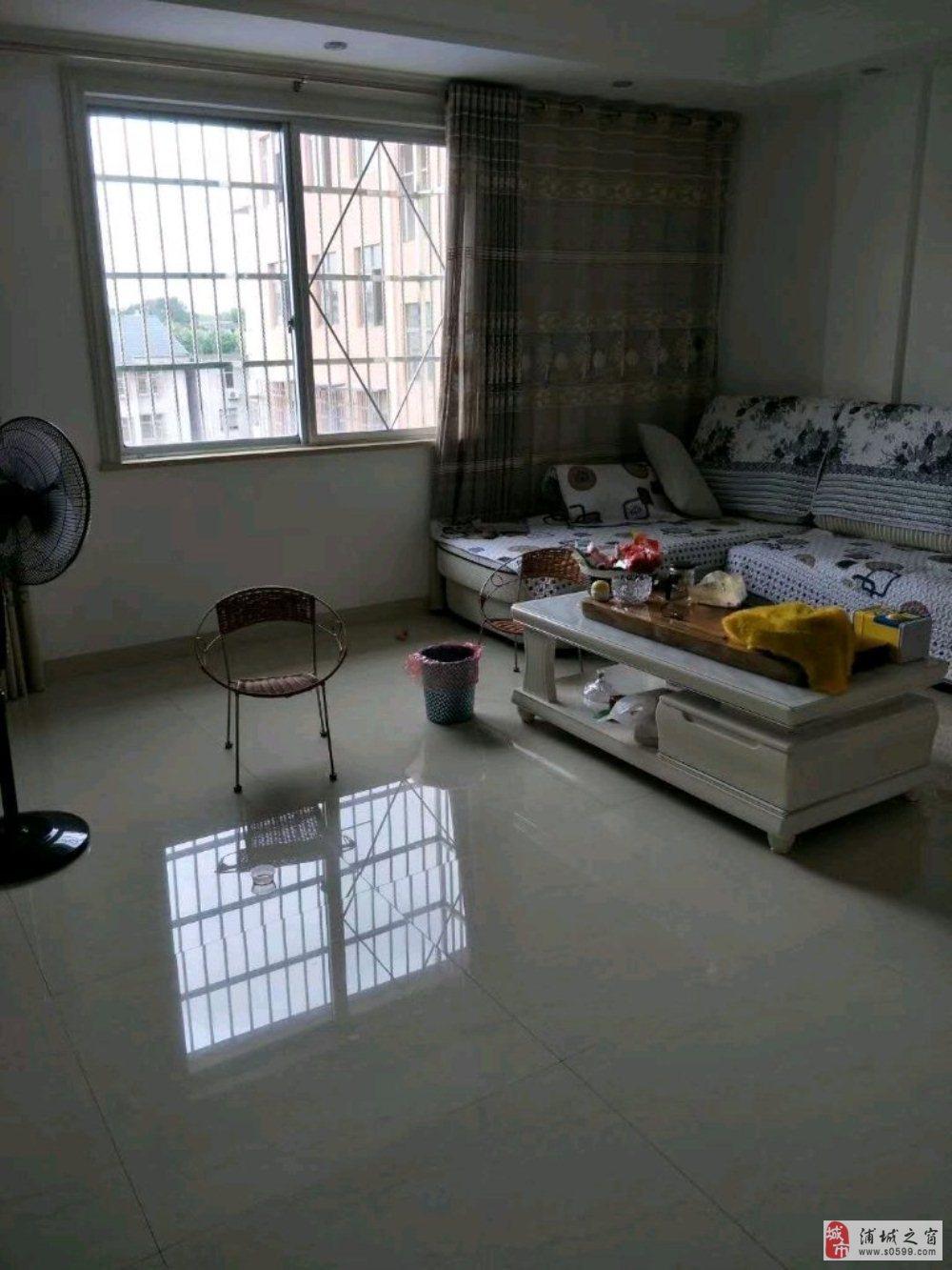上莲塘,房子面积128平米,在7楼,3室2厅2卫