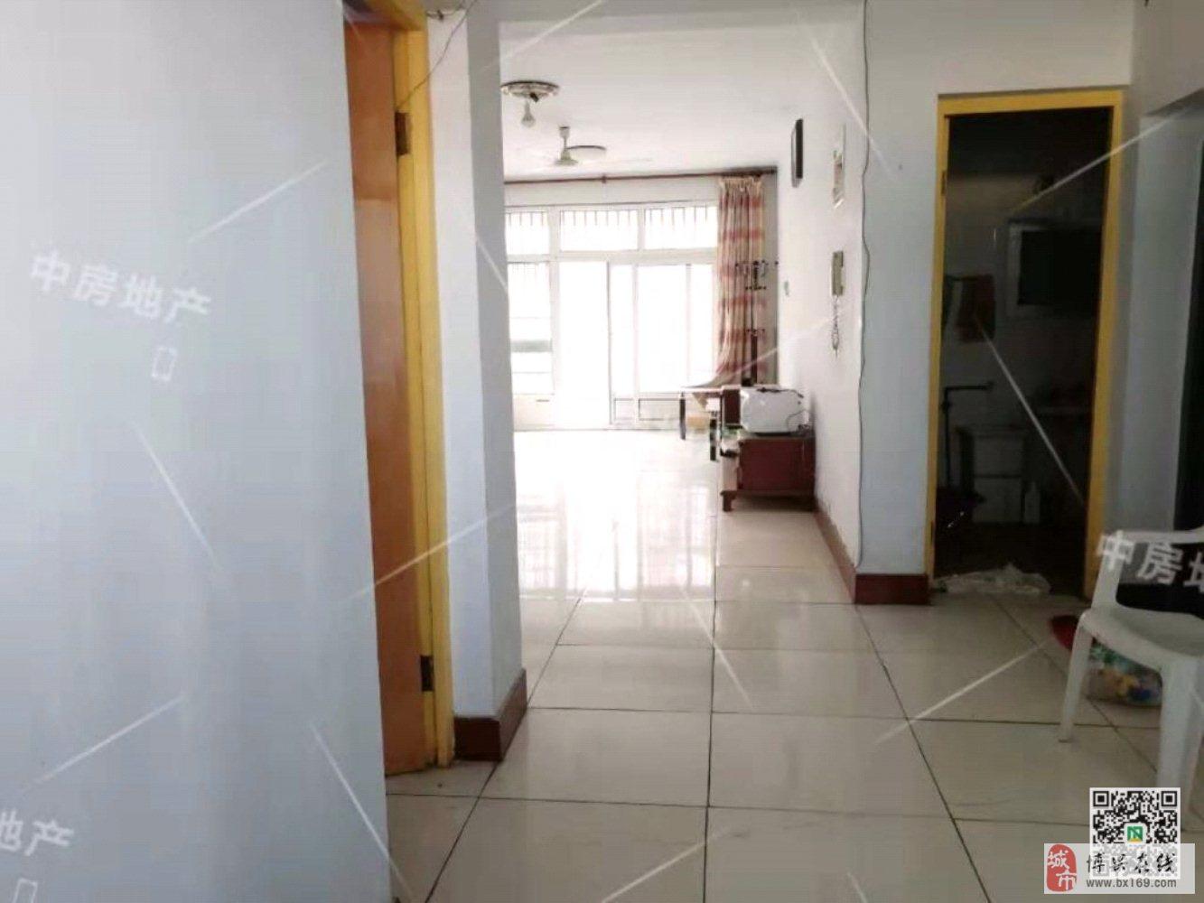 世纪明珠花园3室2厅2卫88万元
