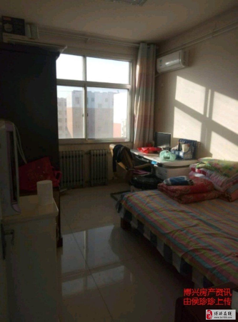 京博花苑2室2厅1卫63万元