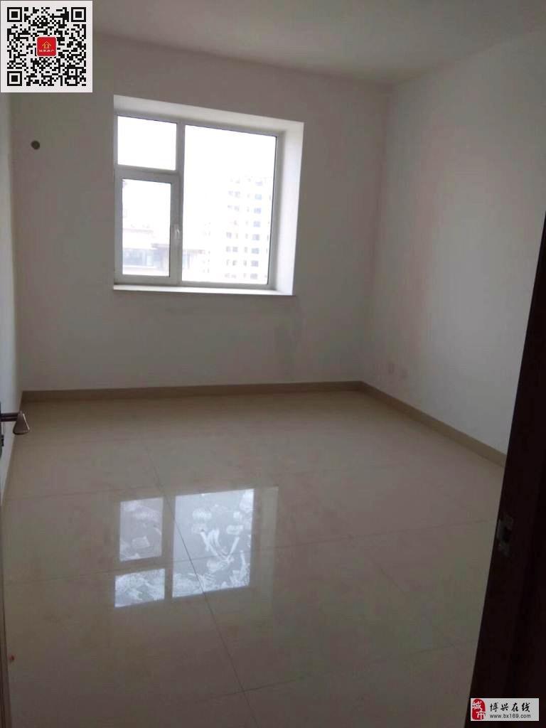 5089香驰·正苑3室2厅1卫105万元