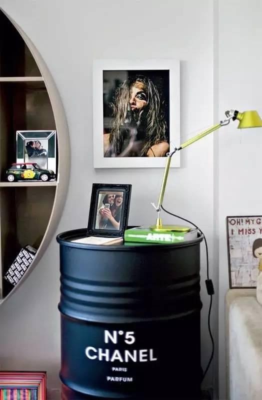 油桶集中放置照片