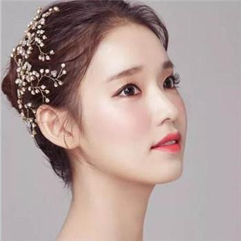 新娘创意彩妆画法步骤 成为美丽的新娘