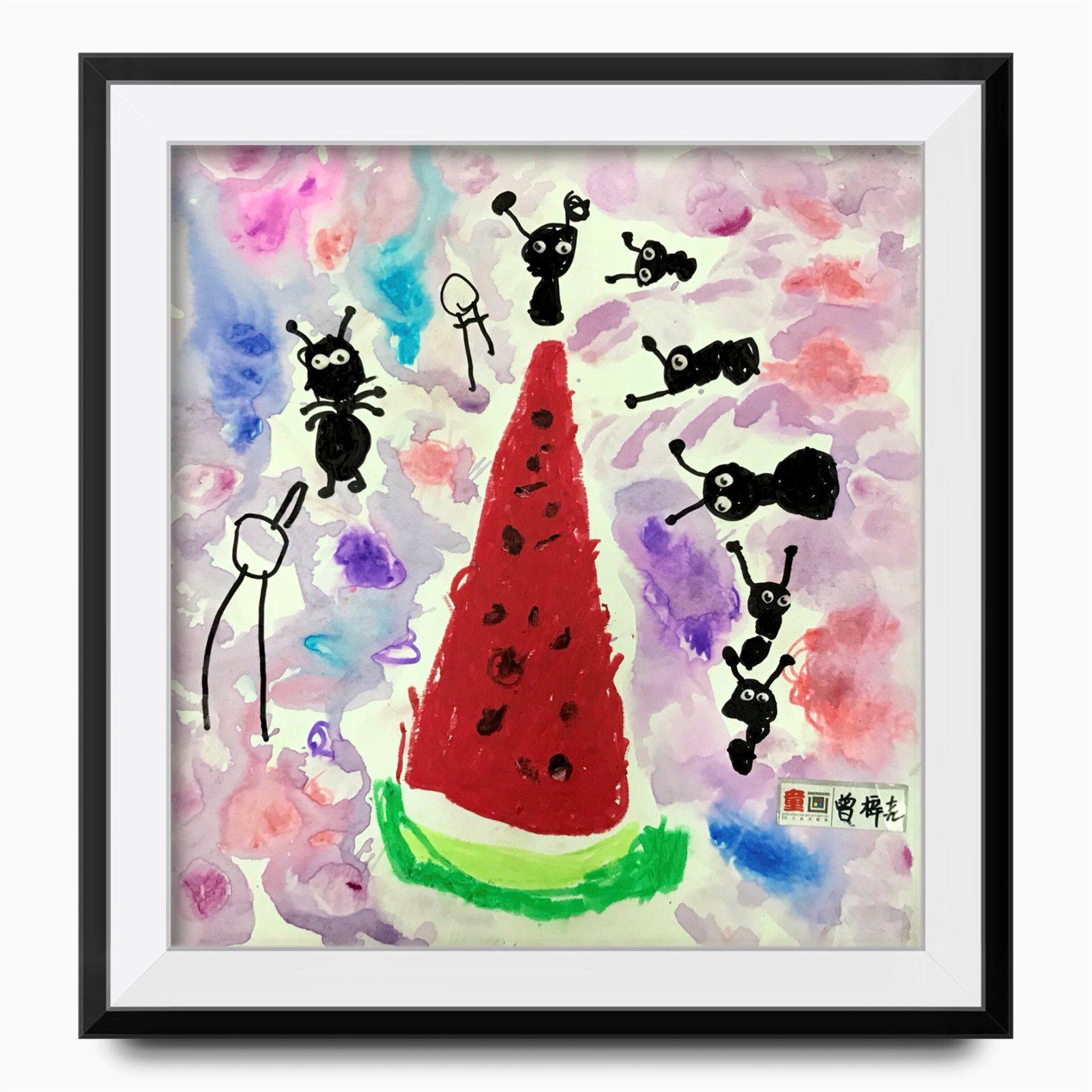 老师寄语:你是一位可爱的女孩,画画能大胆尝试,画面有一定的表现力