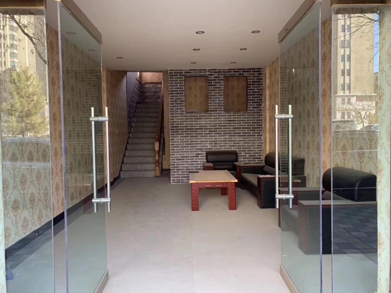 太阳鸟小区临街商铺327平米,280万元