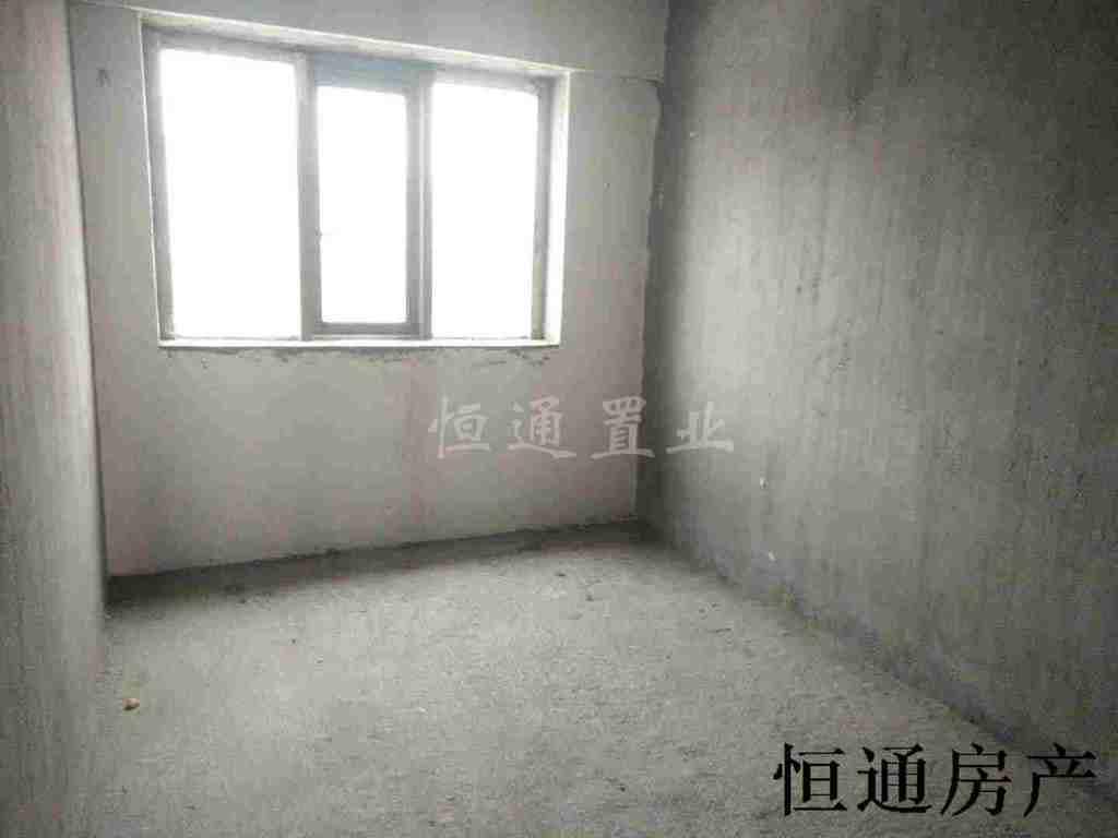 翡翠城(宜阳大道505号)3室 2厅 2卫72万元