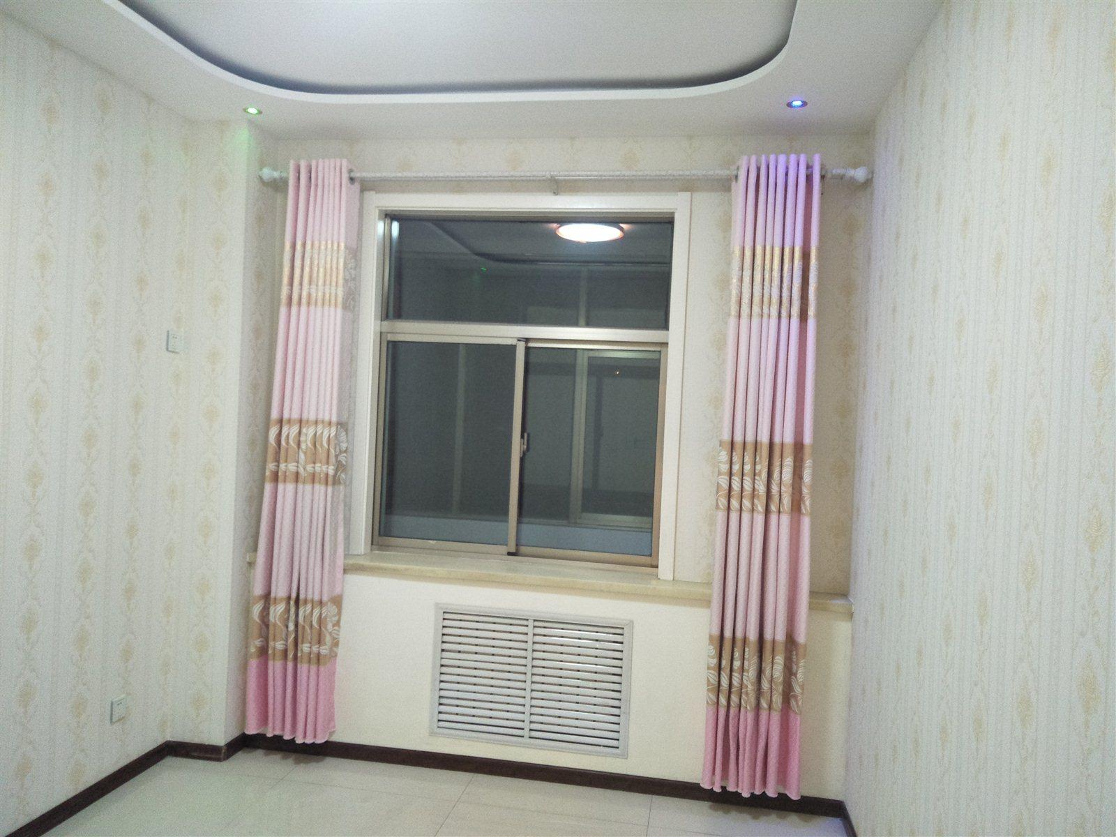 向红国际小高层3室 2厅 1卫68万元