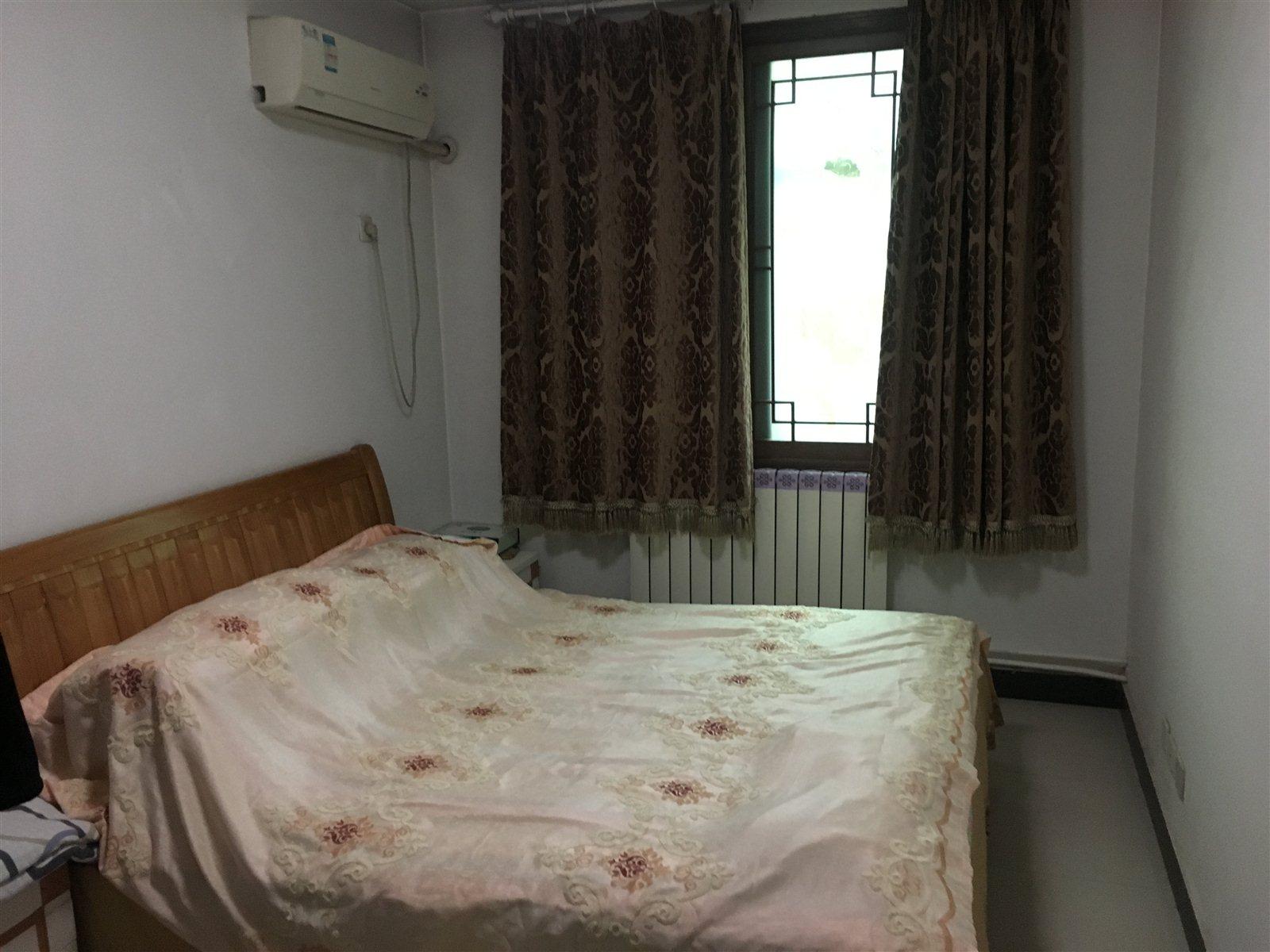 松苑小区 巨王家具对面3室 2厅 2卫99万元