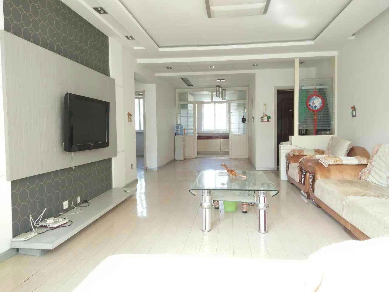 海鑫国际2室 2厅 1卫40万元