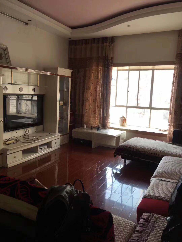 广湖雅居4室 2厅 2卫40.8万元