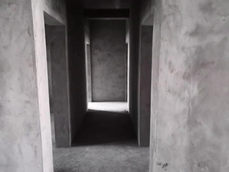 解放三安置区4室 2厅 2卫48万元