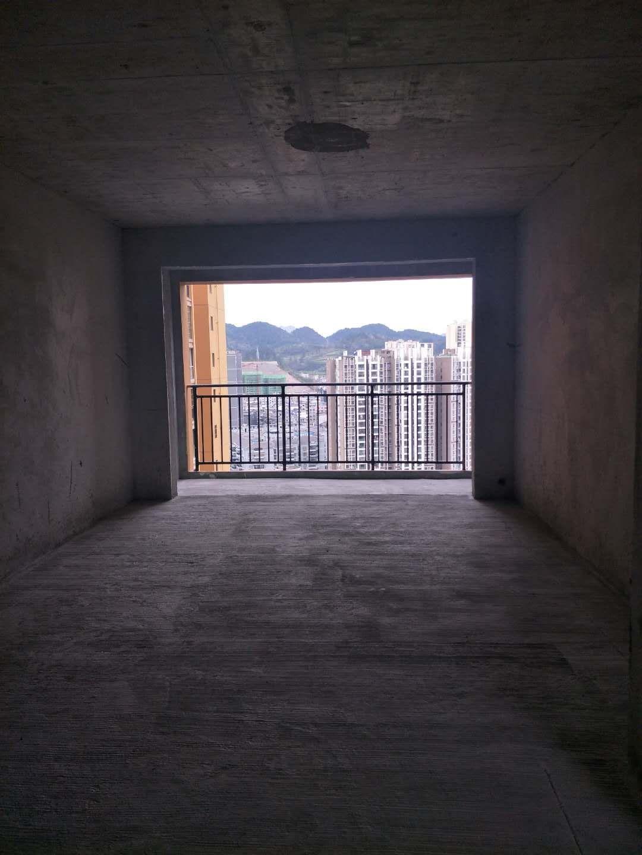 水木阳光4室 2厅 2卫34万元