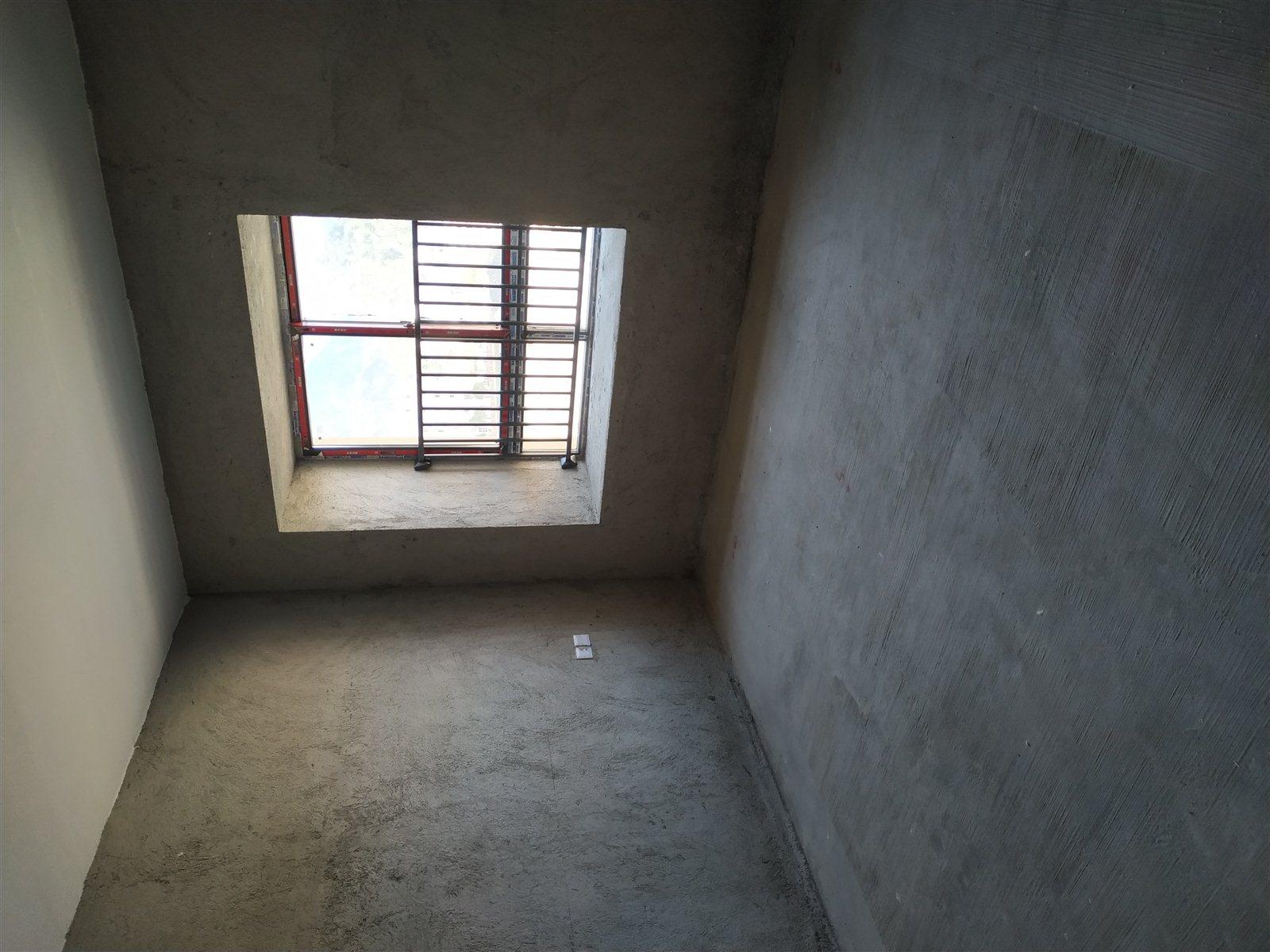 中央府邸4室 2厅 2卫68.8万元