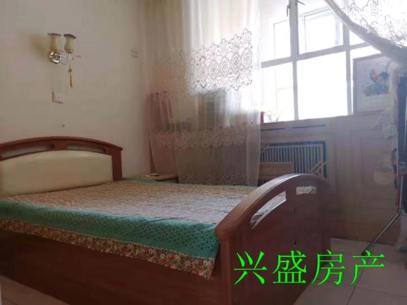 怡园小区3室 2厅 1卫21.5万元