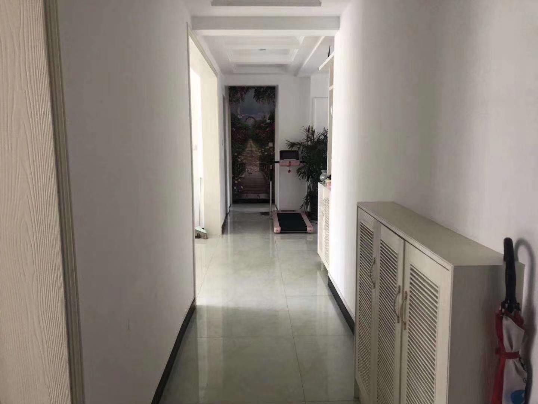 水木清华121个平方3室 2厅 2卫99.8万元