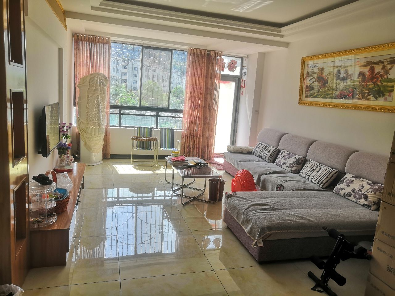 龙腾苑 容邦国际 紫金时代 西湖名都3室 2厅 2卫60万元