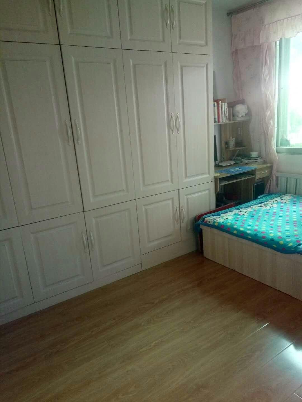 五大门小区2室 1厅 1卫25万元