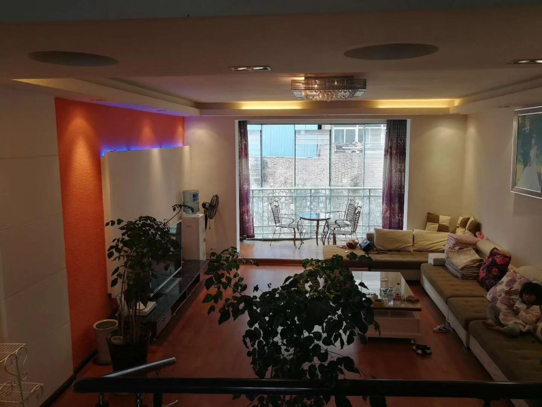 翰林院3室 2厅 2卫54万元