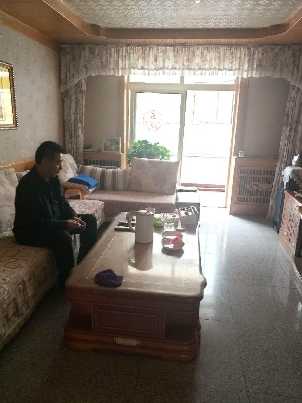 南苑小区(南苑路)2室 2厅 1卫45.8万元