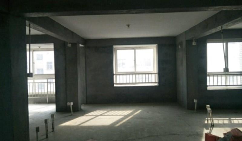 █划片实验 框架毛坯房99平三室朝阳,带车库24平82万