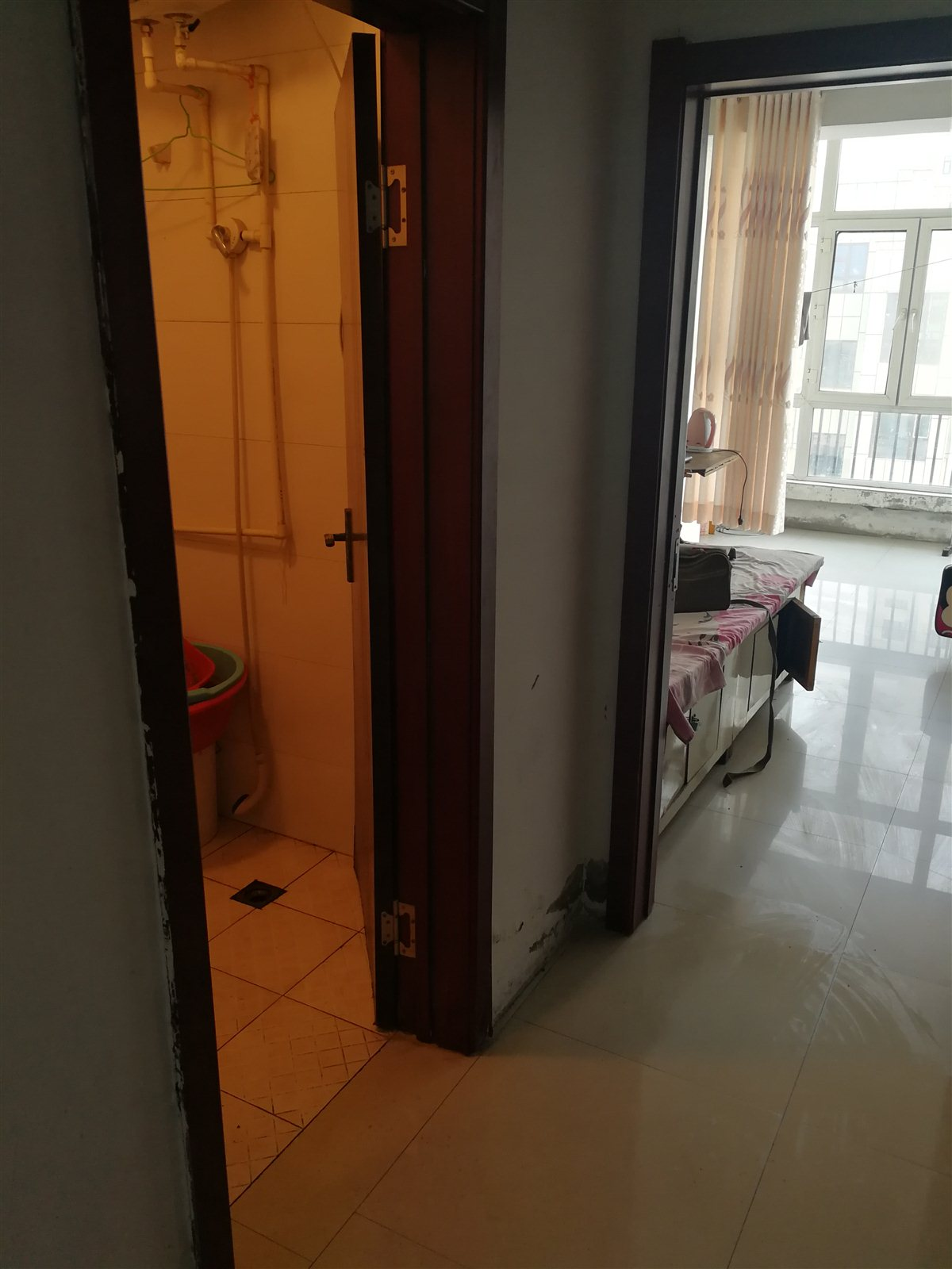 美名苑东区2室 1厅 1卫10.8万元