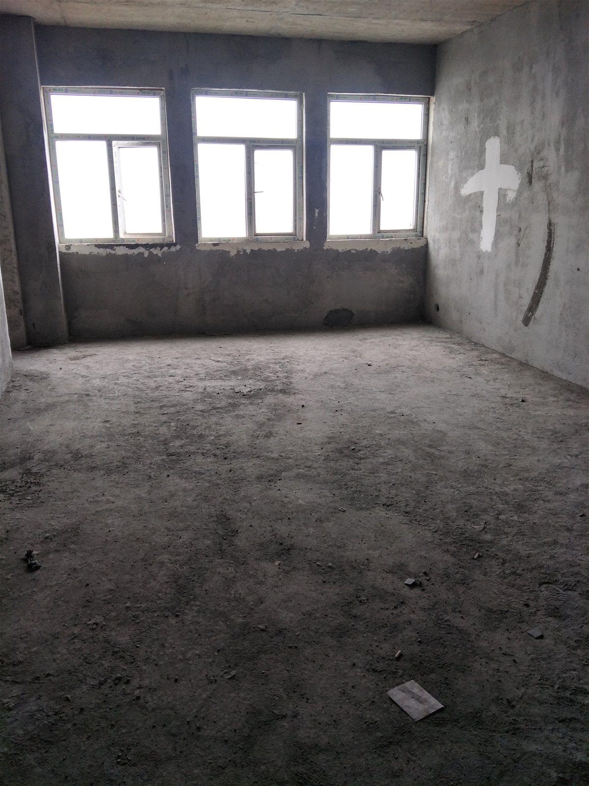 时代大厦3室 2厅 2卫45.2万元