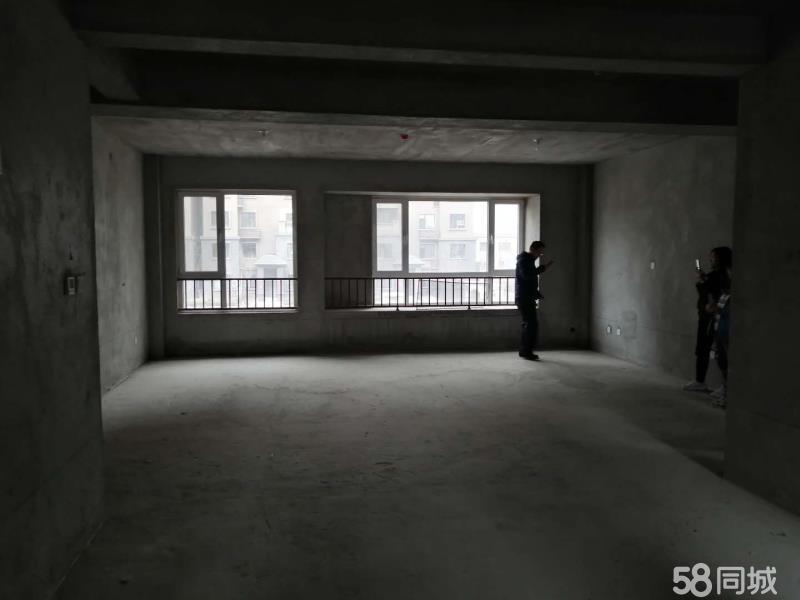 大海·丽苑168平米电梯洋房4室124万元
