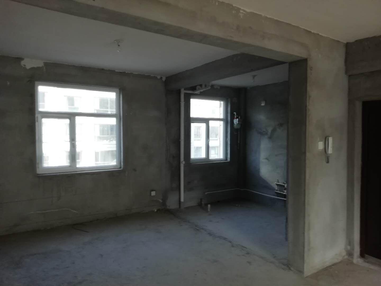 南湖学府3室 2厅 2卫60万元