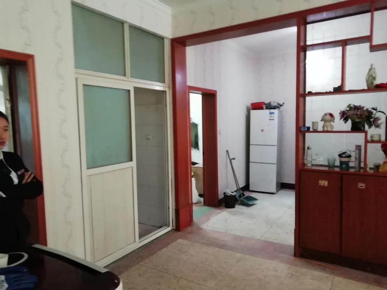 惠东小区3室 2厅 1卫
