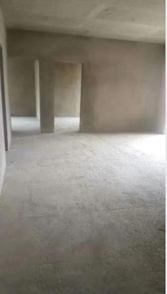 银杏广场3室 0厅 1卫38万元