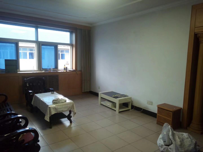蛟河开发公司院内家属楼2室 2厅 1卫120万元