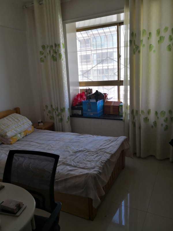 紫轩二期2室 2厅 1卫46万元