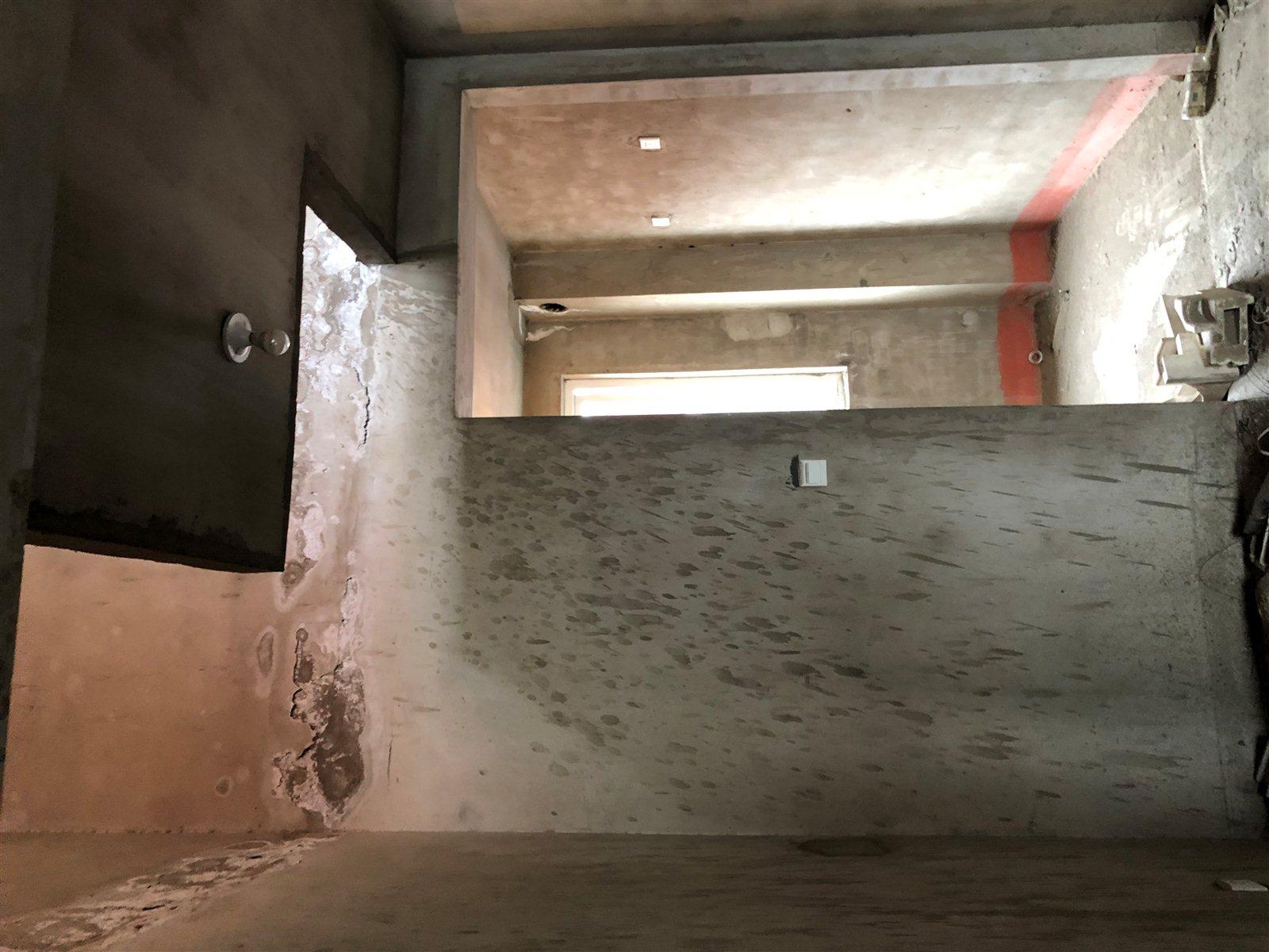 急售房39万,凤凰园纯新房顶层复式