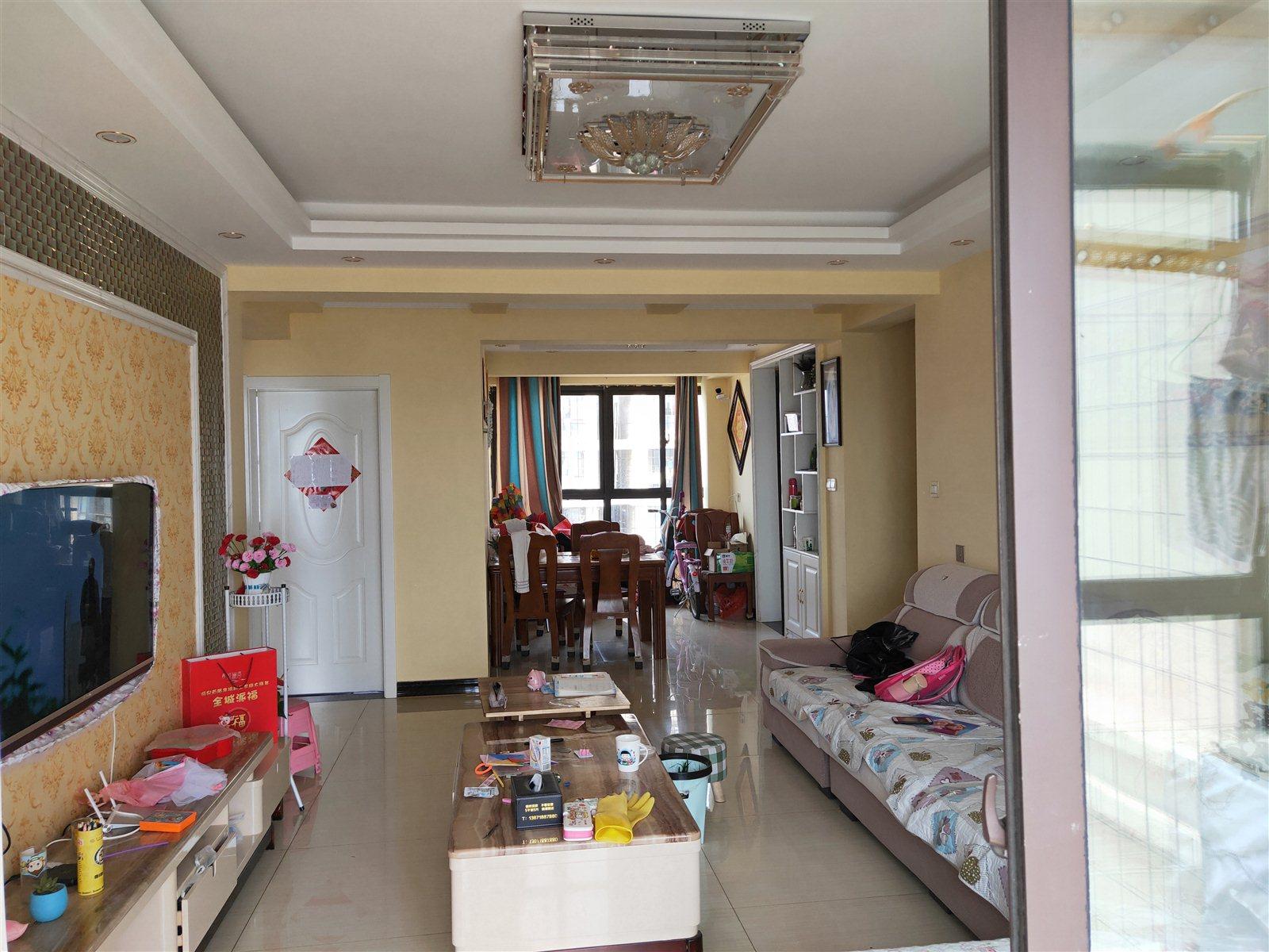 状元府3室 2厅 1卫95万元