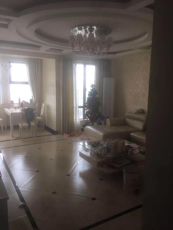 国际花园3室 2厅 2卫115万元