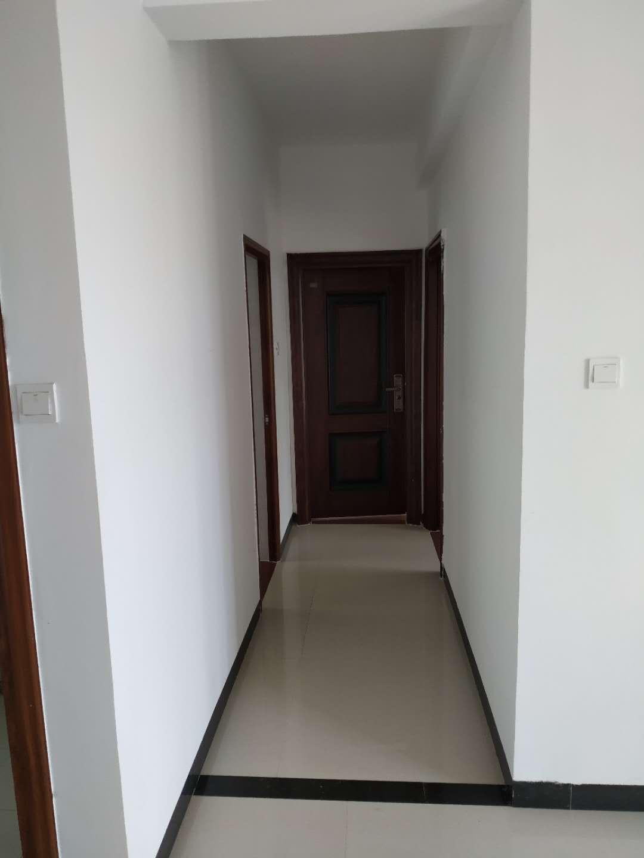 金田花园小区2室 2厅 1卫86万元