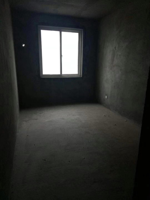 瑞景国际3室 1厅 1卫69万元