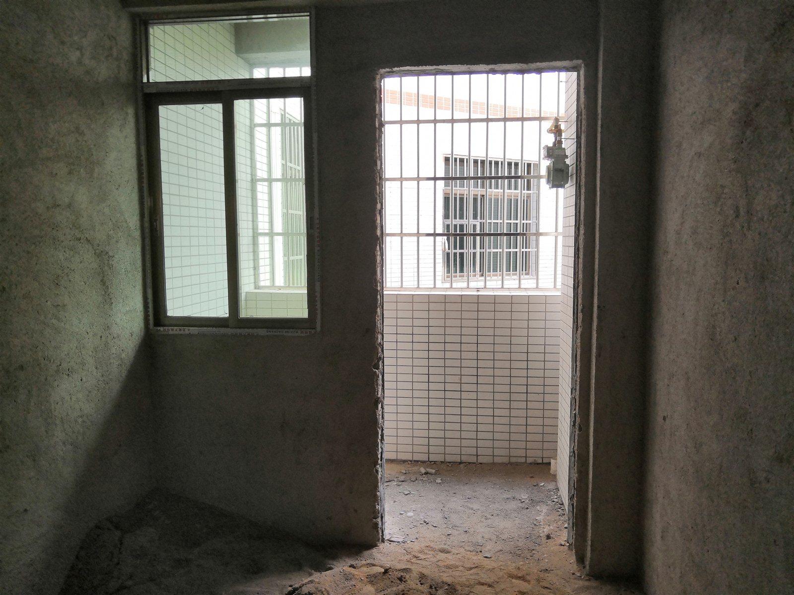和生大厦4室 2厅 2卫面议