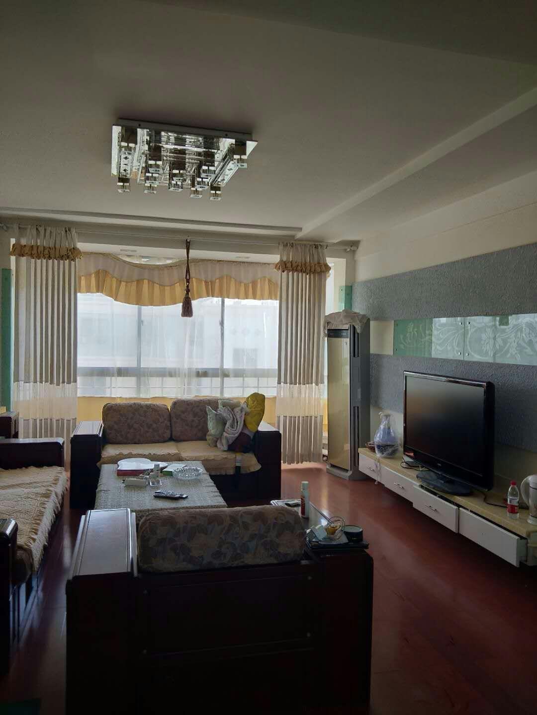美芝园4室 2厅 3卫52万元