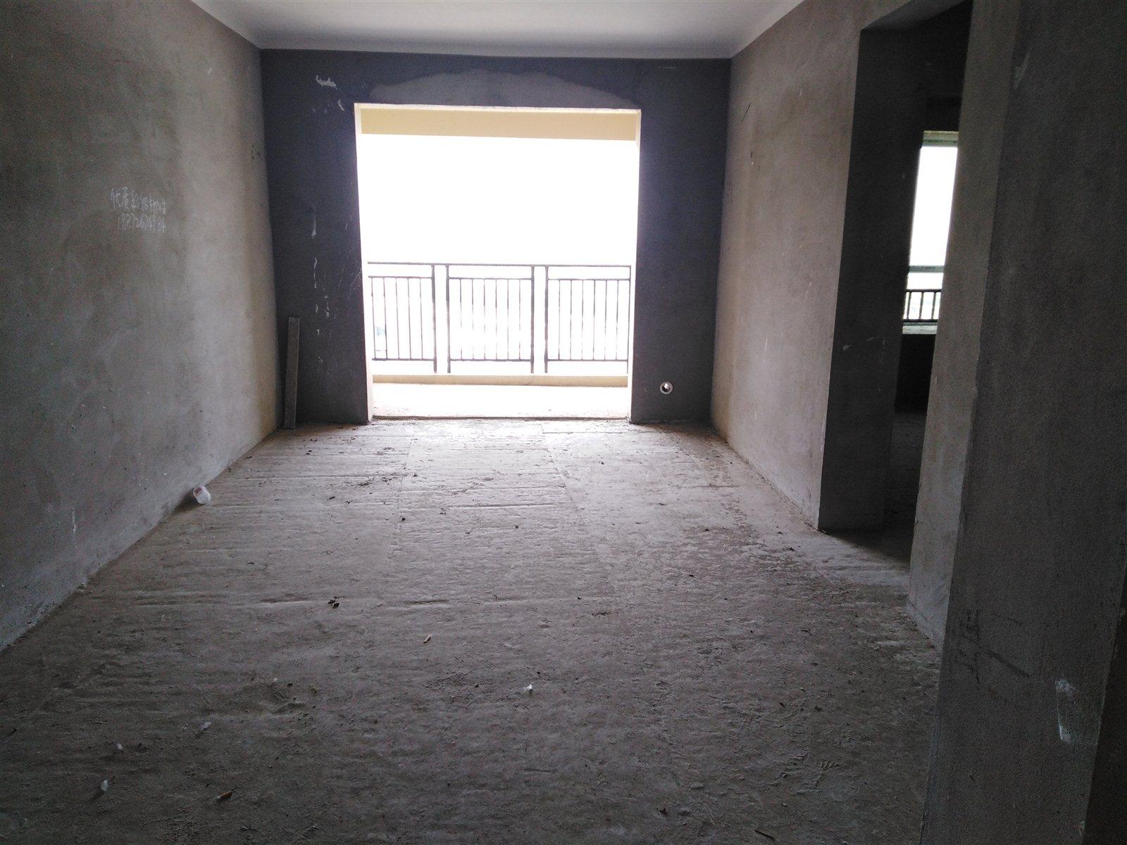 珞珈藍灣2室 2廳 2衛38萬元