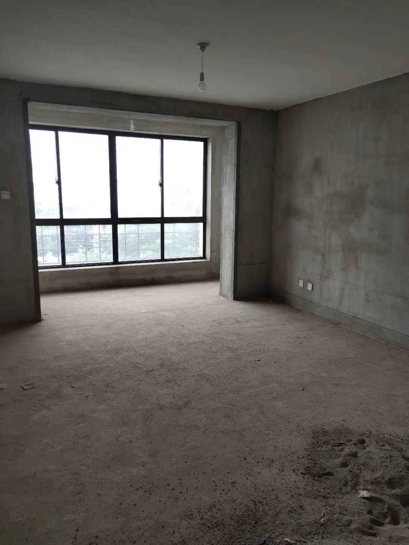制药厂家属院新房按揭急售3室 2厅 1卫53.8万元