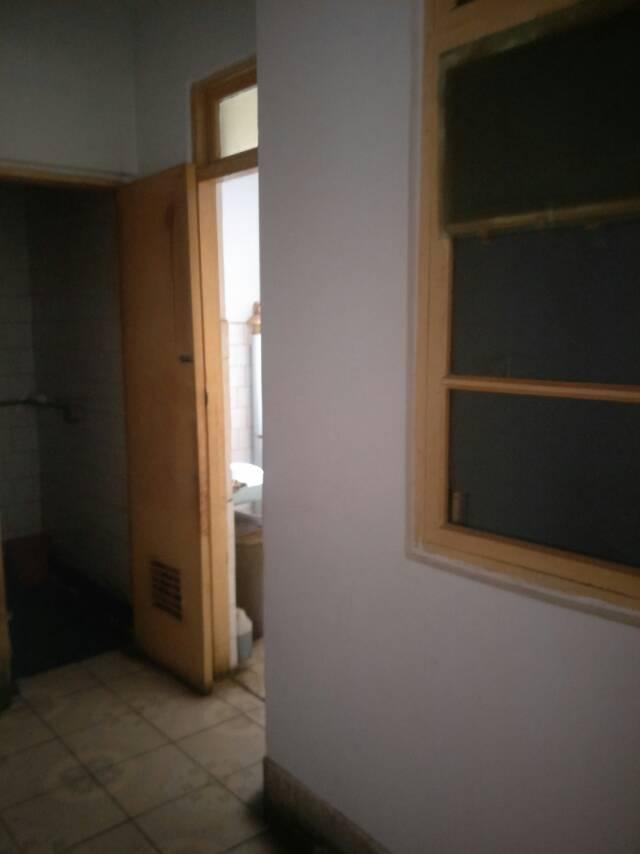 旧南路小区2室 2厅 1卫24万元