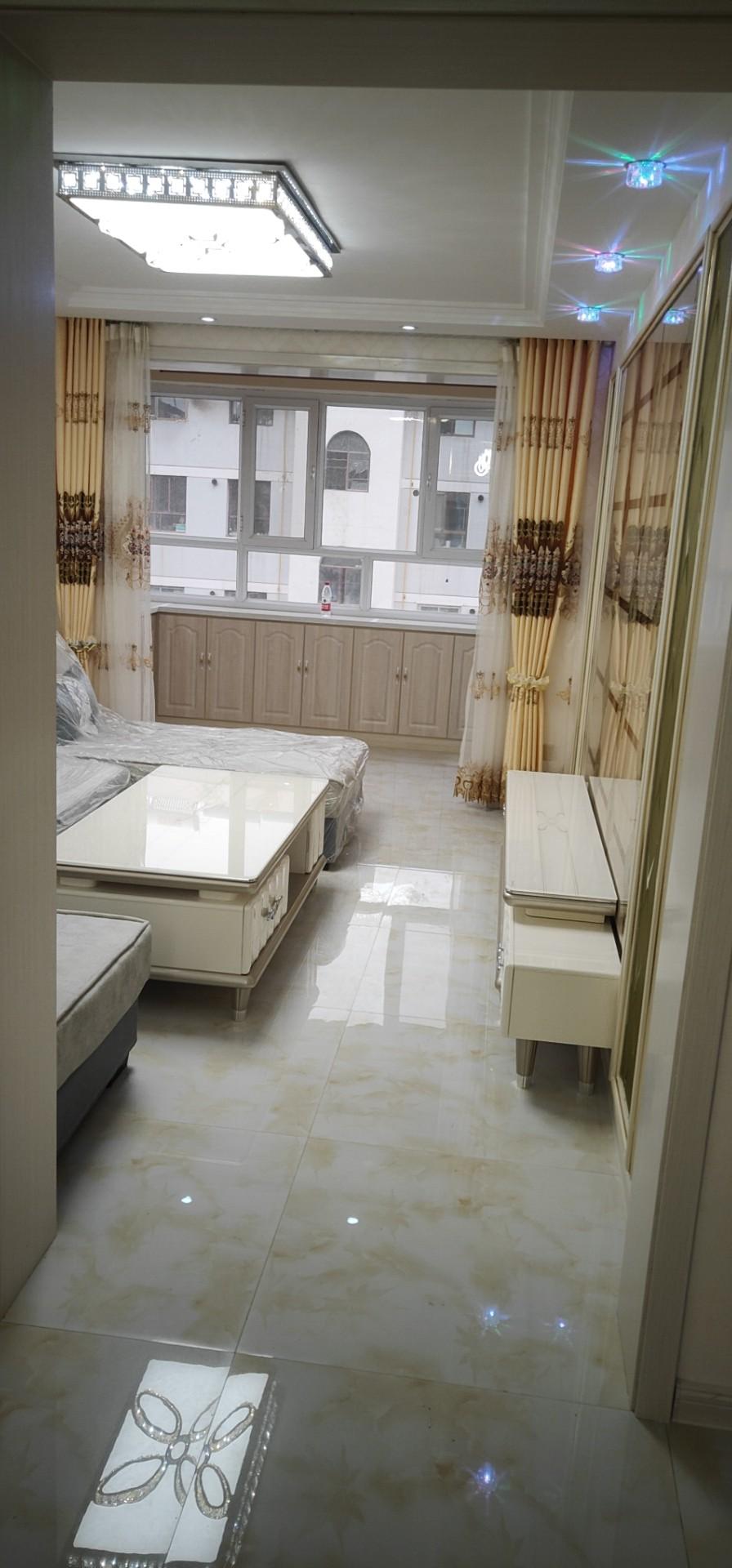 南苑小區(南苑路)2室 2廳 1衛38.8萬元