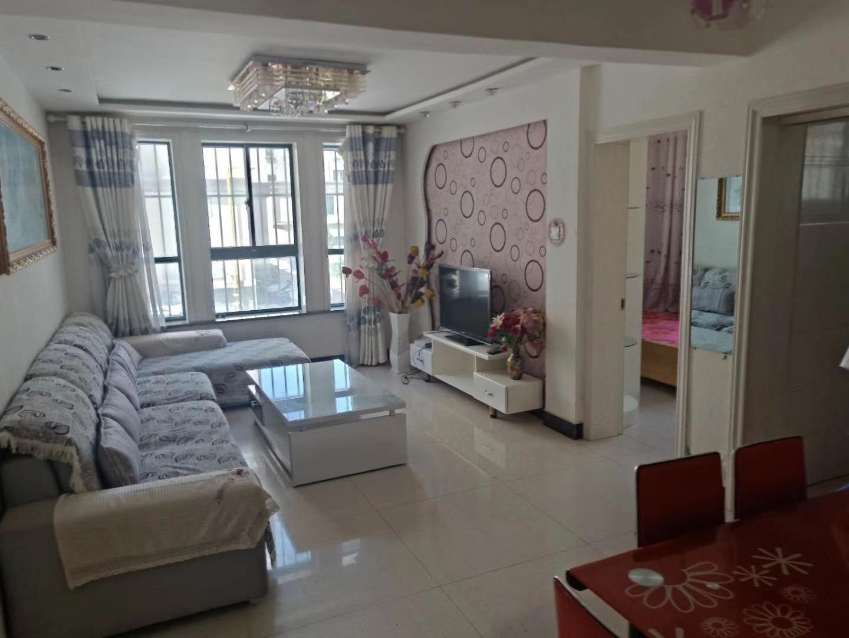 巨龍東區精裝地暖房按揭急售3室 2廳 1衛52.8萬元