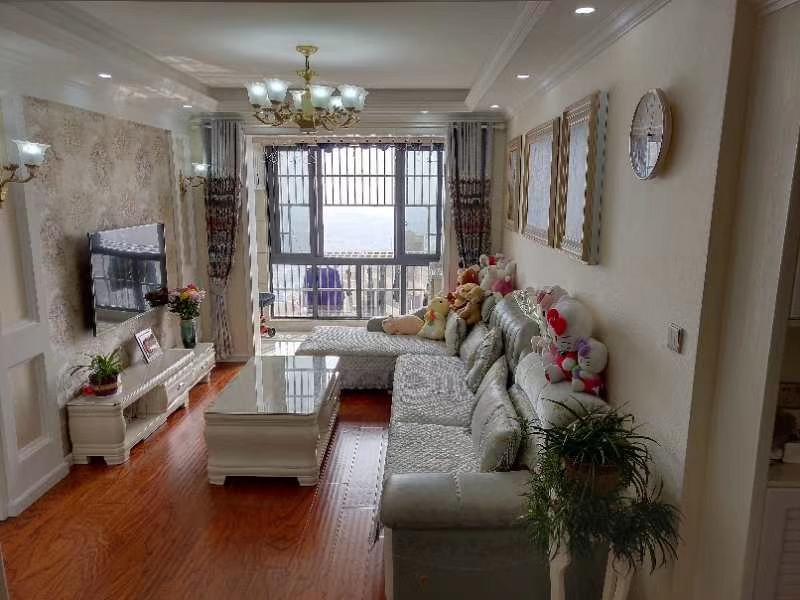 翰林苑3室 2厅 1卫94.8万元