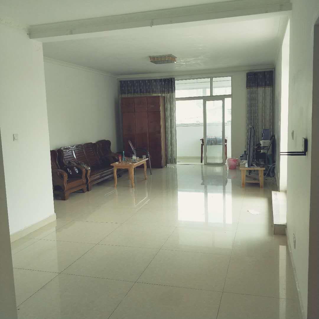 唐人街圣沅小区3室 1厅 1卫39万元